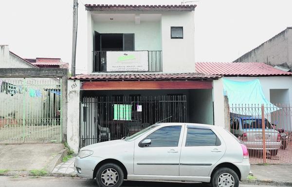 A associação funciona em uma casa assobradada na Rua Antônio de Barros, mas irá se mudar para a rua Bernardinho Albieiro, 375, também no Parque das Laranjeiras - EMIDIO MARQUES