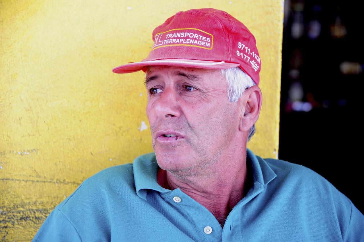Jonas Barros reclama de não conseguir regularizar sua casa - Emídio Marques
