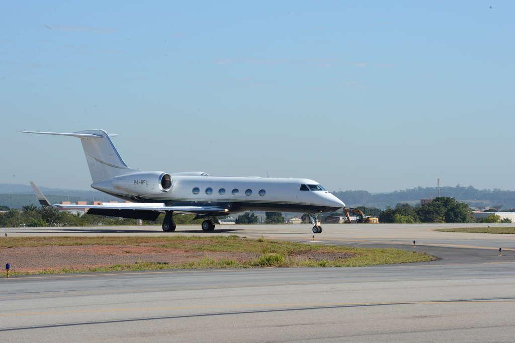 Aeroporto Sorocaba : Pousos e decolagens em sorocaba caem