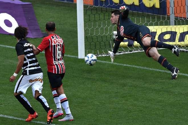 Após sofrer a maior goleada da história dos clássicos entre Corinthians e  São Paulo 72e6b3d28ec91