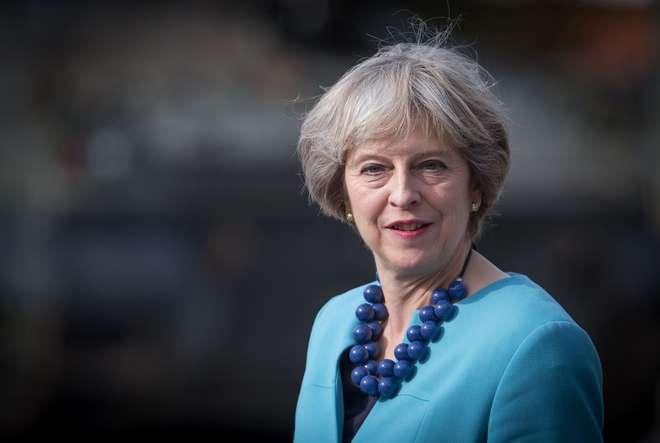 May ativará artigo 50 para saída da UE até final de março