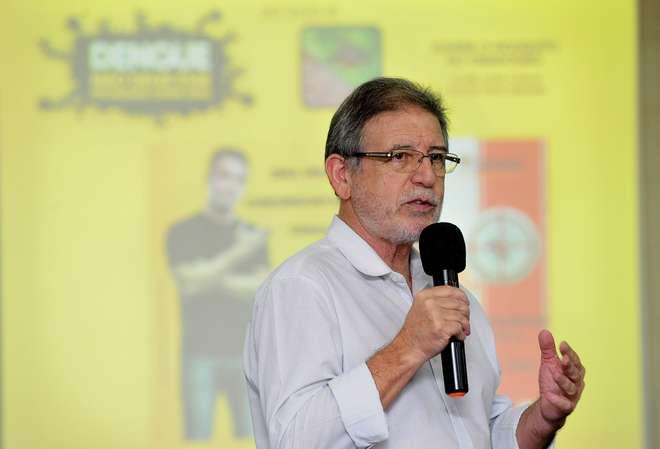 Aílton Ribeiro diz que ações contra a dengue serão mantidas - EMIDIO MARQUES