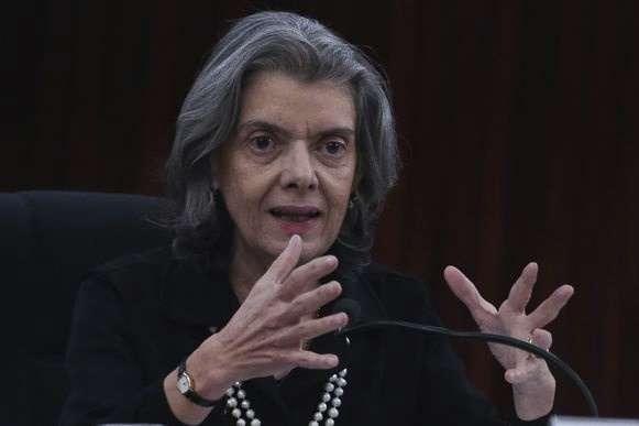 Desde que assumiu em setembro passado, a ministra tem feito visitas-surpresa em penitenciárias do país - JOSÉ CRUZ/AGÊNCIA BRASIL