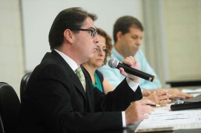 Secretário Rodrigo Moreno não deu prazo para normalização do atendimento das unidades - EMÍDIO MARQUES