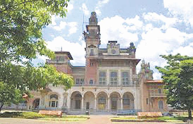O prédio que abriga o museu foi construído no início do século 20 - FOTOS: DIVULGAÇÃO