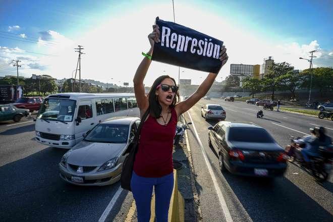 Membros da OEA tentam manter reunião suspensa sobre Venezuela