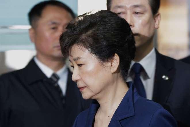 Ex-Presidente da Coreia do Sul é oficialmente acusada por corrupção