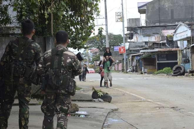 Combates entre islamistas e exército prossegue no sul das Filipinas