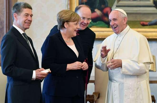 Papa Francisco recebeu Angela Merkel — Vaticano