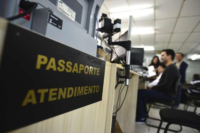 Comissão destina R$ 102 milhões para a emissão de passaportes