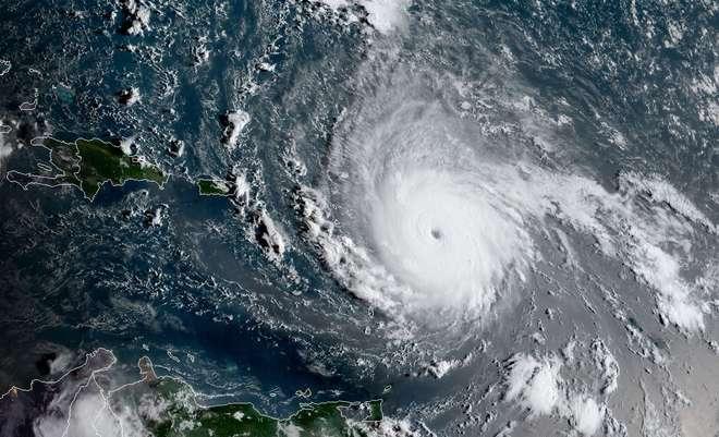Com ventos de de 215 km furacão Irma ameaça Caraíbas e Florida