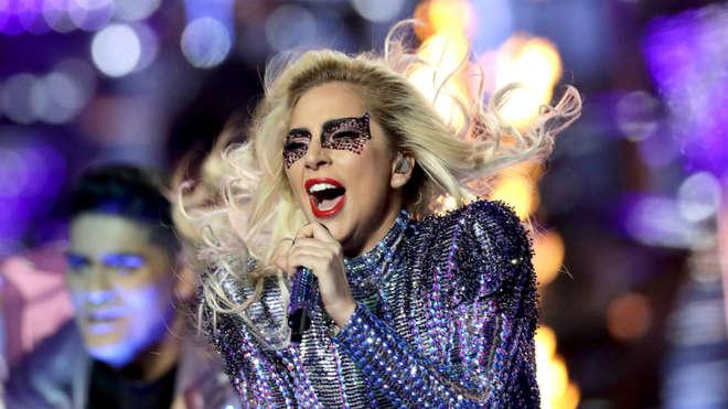 Lady Gaga se apresentaria no Rock In Rio na sexta-feira (15) - DIVULGAÇÃO