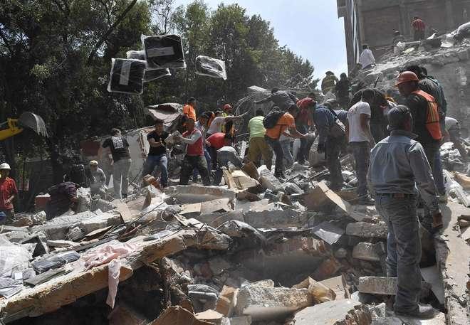 Resultado de imagem para Sobe para 224 o número de mortos em terremoto no México