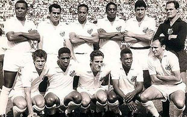 Time do Santos campeão mundial de 1962 - REPRODUÇÃO   SEMPREPEIXE.COM.BR f6f36fb5b3240