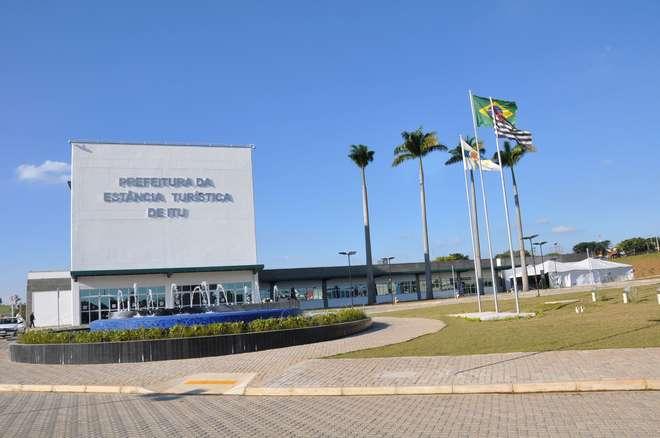 Para Temer, Brasil tem tendência ao autoritarismo e centralização do poder