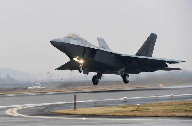 Exercício militar na Coreia do Sul inclui modernos caças furtivos dos EUA