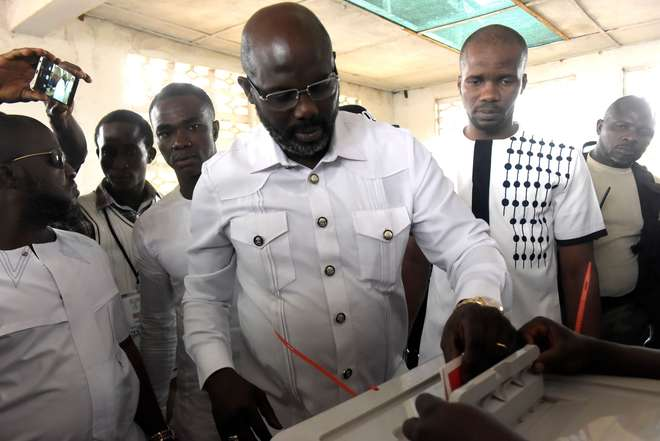 Ex-craque se torna presidente da Libéria