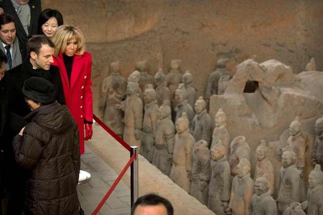 Macron rejeita dar lições à China sobre direitos humanos