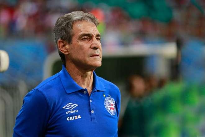 Flamengo marca reunião com Reinaldo Rueda na Gávea