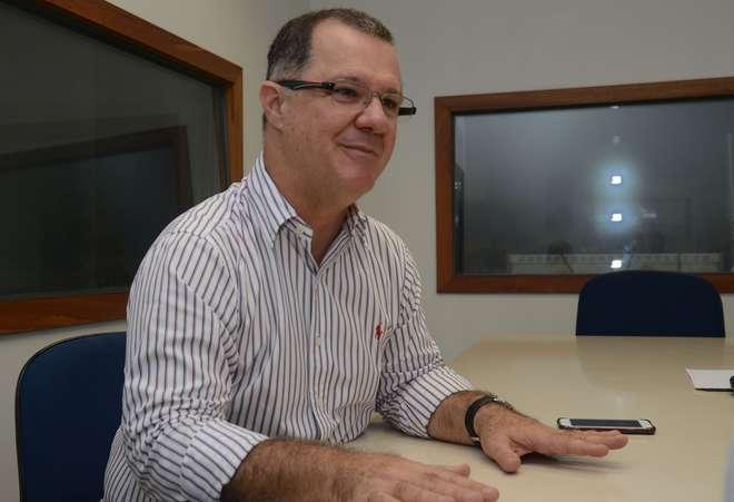 Paulo Hartung, do PMDB, evita encontro com Temer