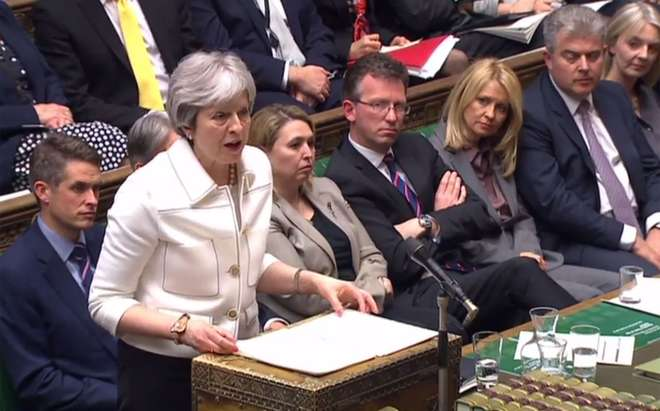 Theresa May fala no parlamento - AFP PHOTO / PRU