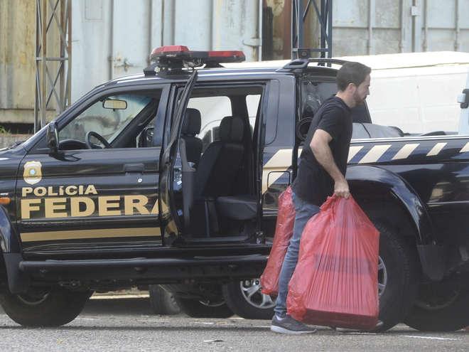 Polícia Federal realiza operação de combate ao tráfico de cigarros