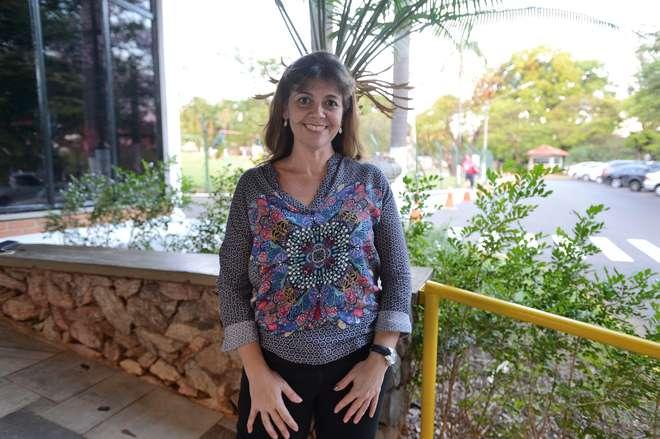 A médica Adriana Aparecida, responsável pelo parto de emergência - ERICK PINHEIRO