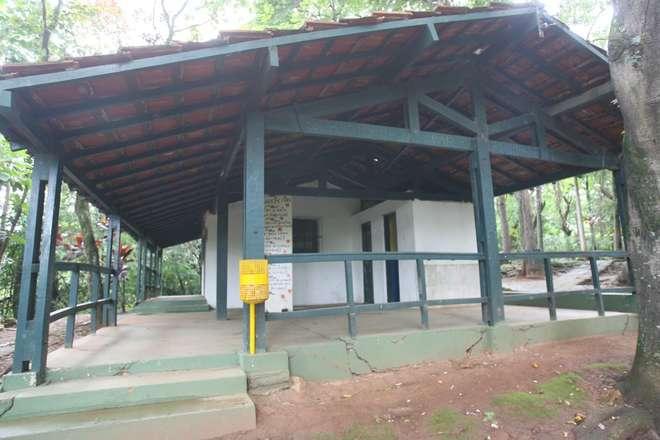 Prefeitura diz que o imóvel, que há décadas fazia parte do Parque, tinha risco de queda   - ADIVAL B. PINTO - ARQUIVO JCS (2/1/2007)