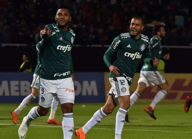 9e817c04e1 Borja comemora gol no Paraguai - NORBERTO DUARTE   AFP