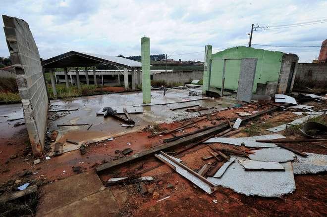 BOITUVA - novo fórum, escola estadual, avenida e complexo esportivo tiveram as construção iniciada, mas em conclusão - EMÍDIO MARQUES